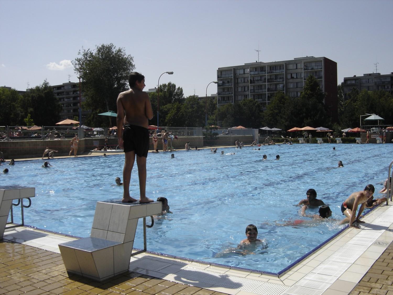 Venkovní bazén 50m