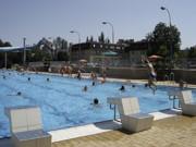 Bazén s venkovní vířivkou